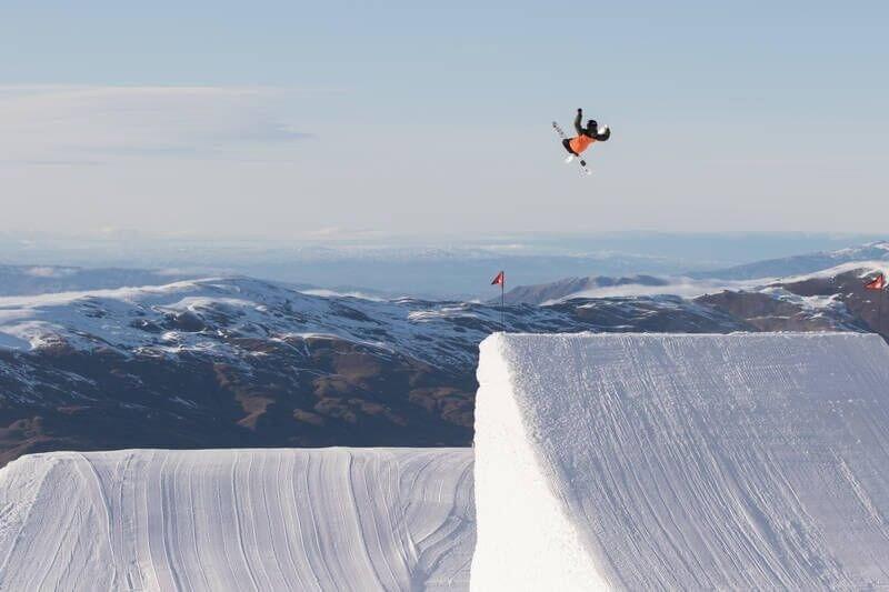 Candrona_Alpine_Resort_ski3