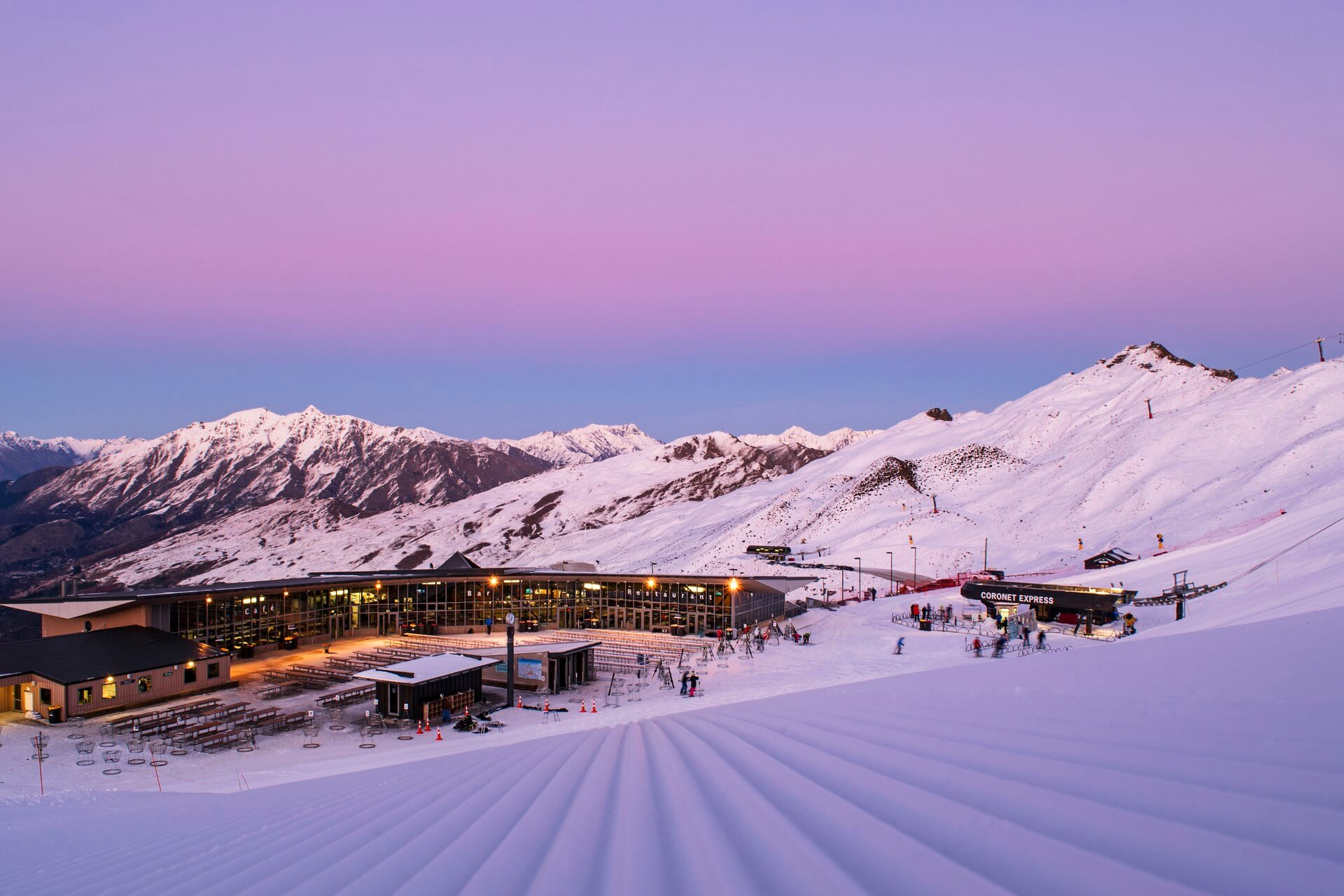 Queenstown_Coronet Peak_sunrise lodge_Brandon Stanley(1920x1280)