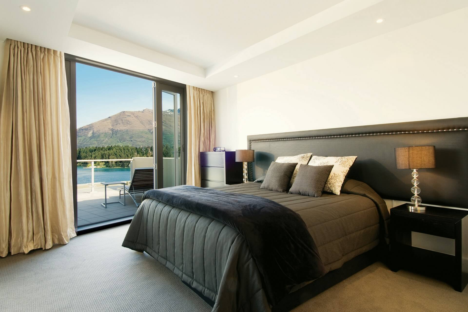 Queenstown_Oaks Club - Two Bedroom Apartment Lakeside View(1920x1280)