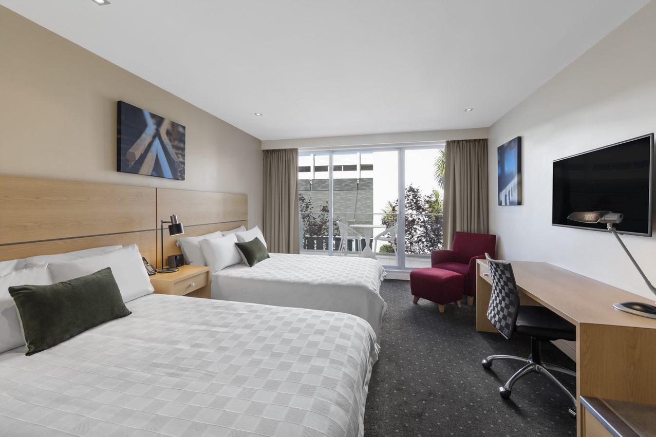 Crowne Plaza Queenstown Ski Hotel Twin Room